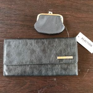 Kenneth Cole Reaction black trifold clutch. NWT.